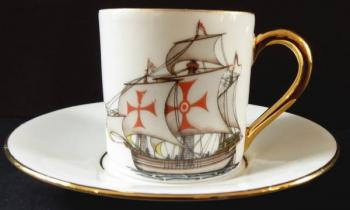Coffe cup with gilded handle and sailboat- Limoges